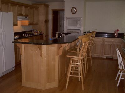 Maple Island and Cabinets